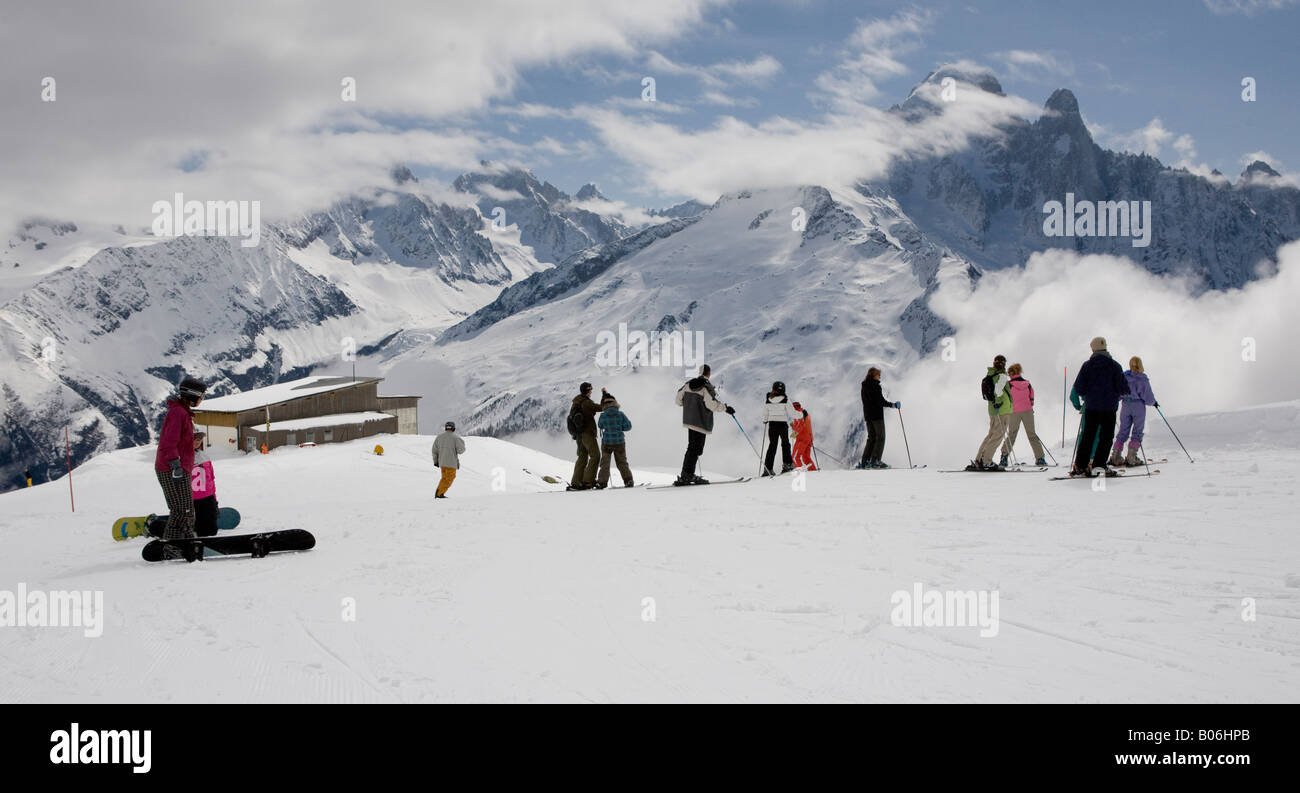 People On The Piste In High Mountains  Chamonix The French Alps France Europe - Stock Image