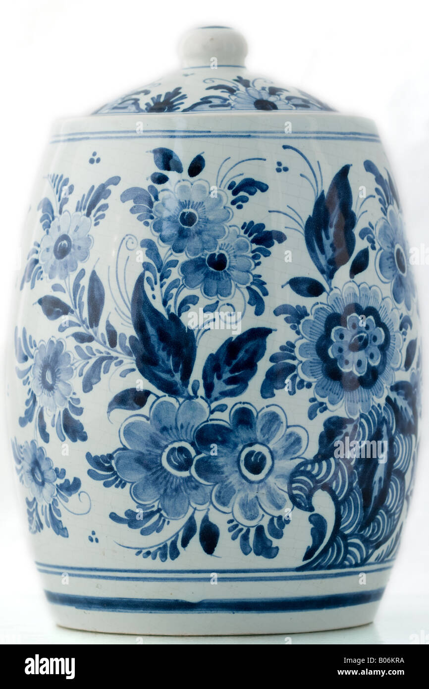 Delft blue pot on white background - Stock Image