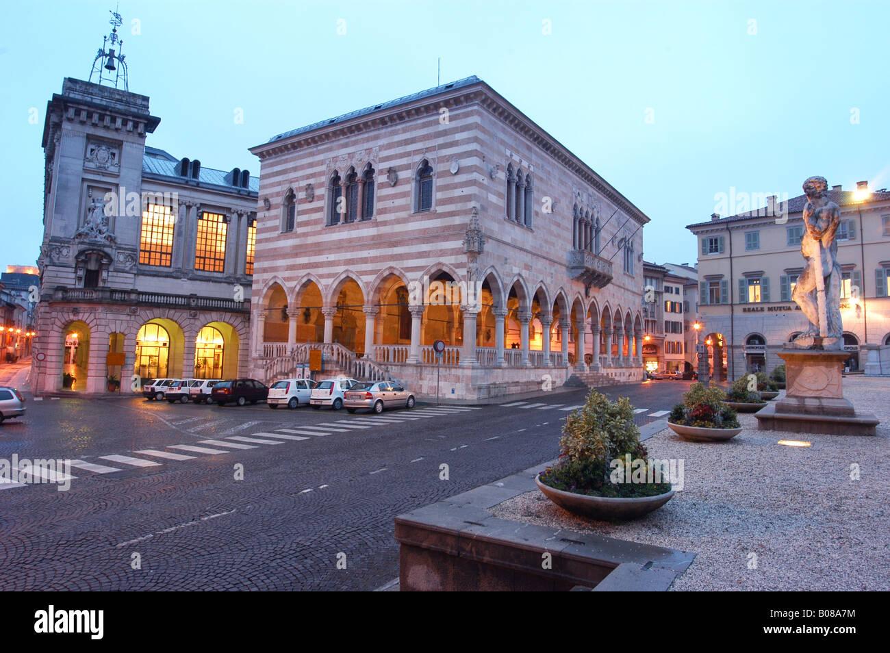 Piazza Libertà in Udine - Friuli Italia - Europe North Italy - Stock Image