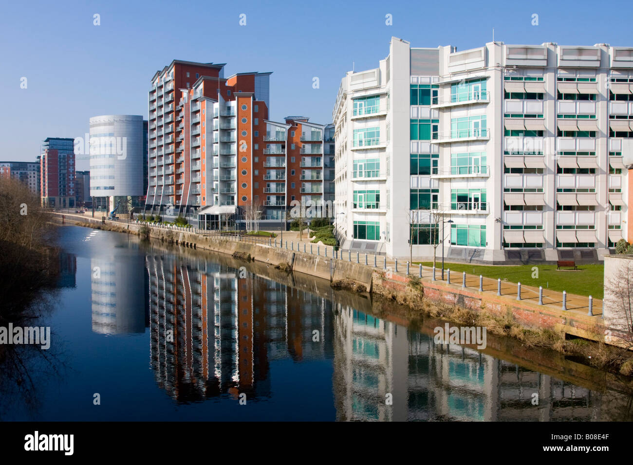 Apartments And Offices At Whitehall Quay On The River Aire Leeds Yorkshire  UK