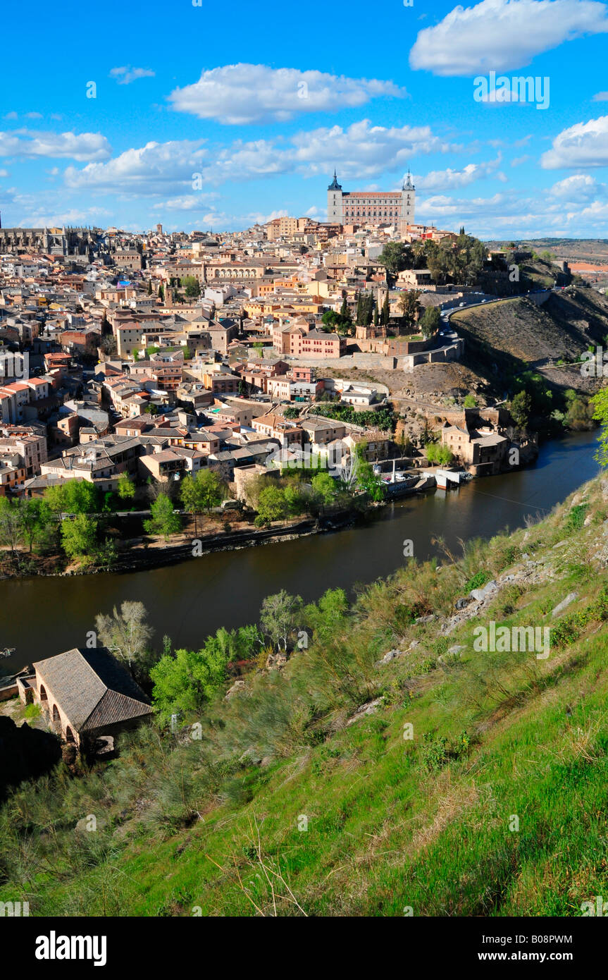 View over the Tajo River onto the historic centre of Toledo, Spain - Stock Image