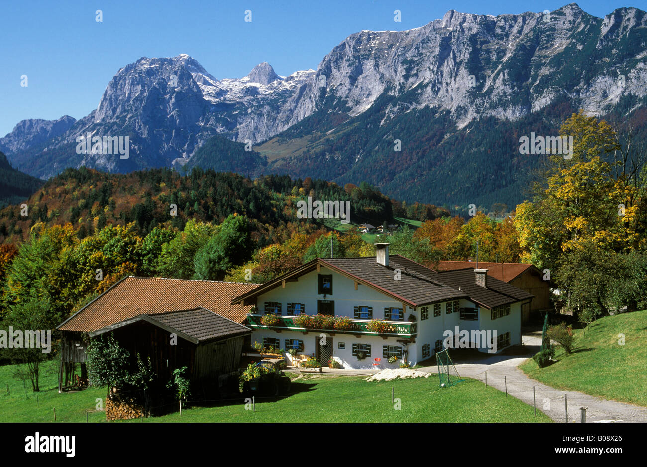 Ramsau village, Freidlinglehen, in front of the Reiter Alps, Berchtesgaden region, Oberbayern (Upper Bavaria), Germany, Europe Stock Photo