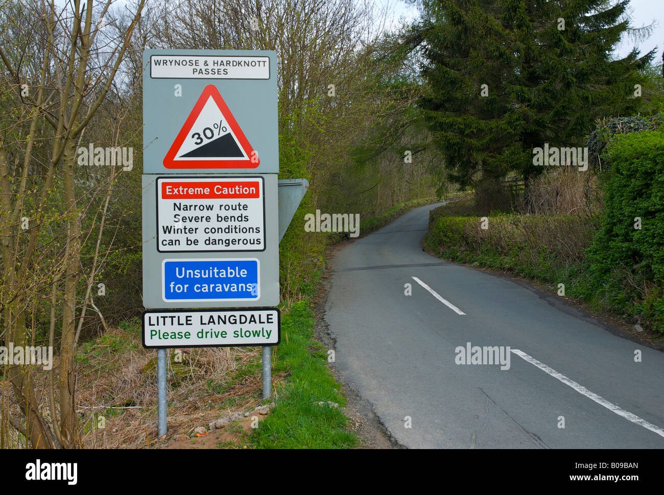 sign-in-little-langdale-warning-motorist