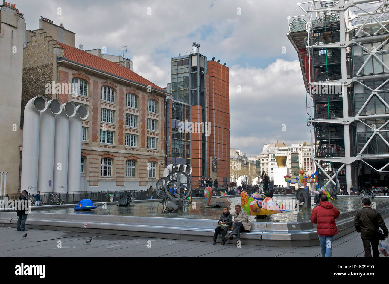 Fountain and Kinetic Sculpture in Place Igor Stravinsky  near the Pompidou Centre in Paris - Stock Image