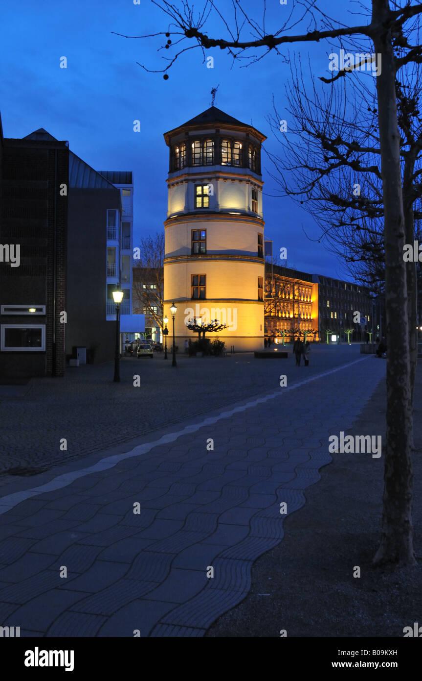 Alte Schlossturm, Shipping Museum, Düsseldorf at night Stock Photo