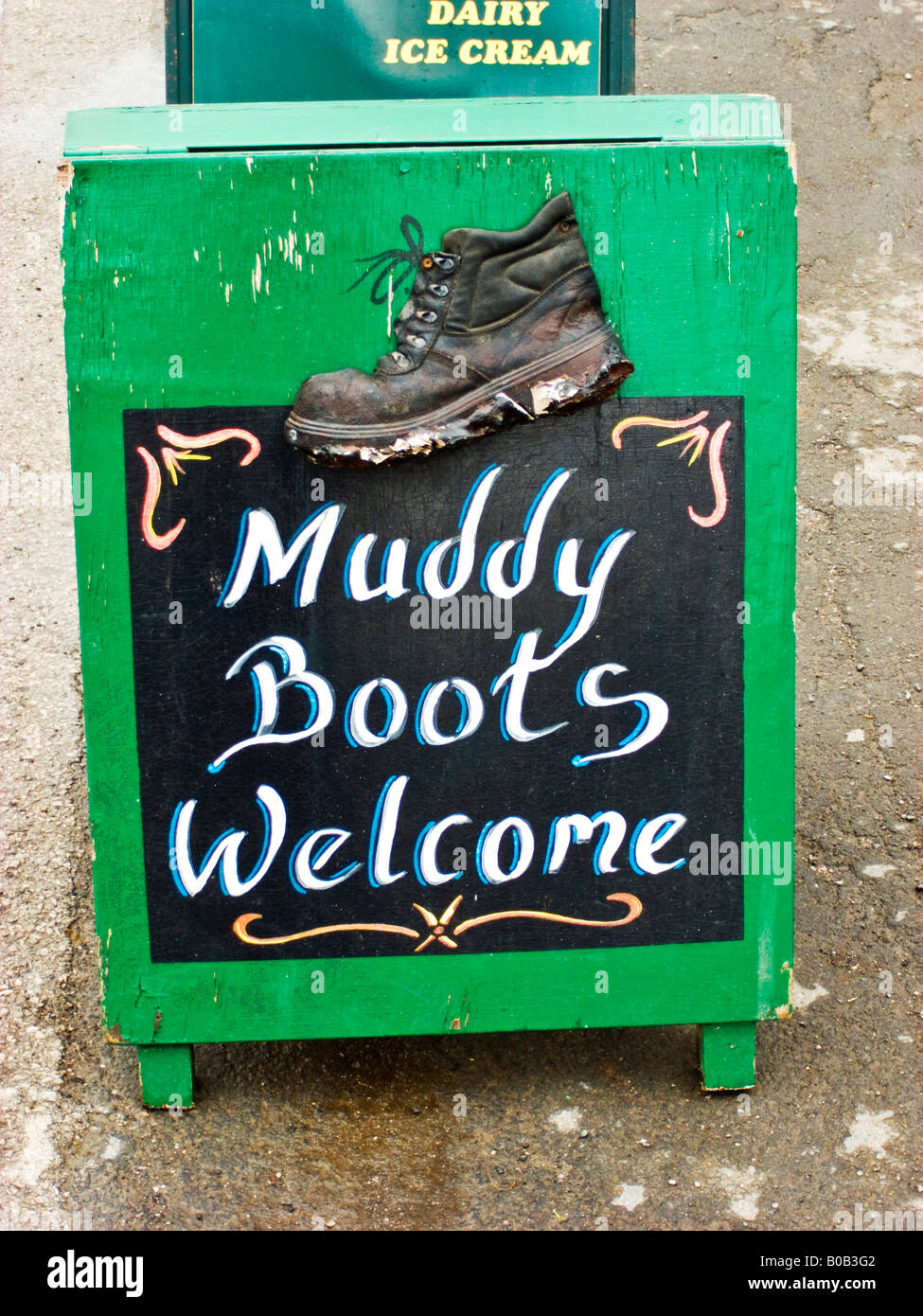 Sign in Malham Yorkshire Muddy Boots Welcome - Stock Image