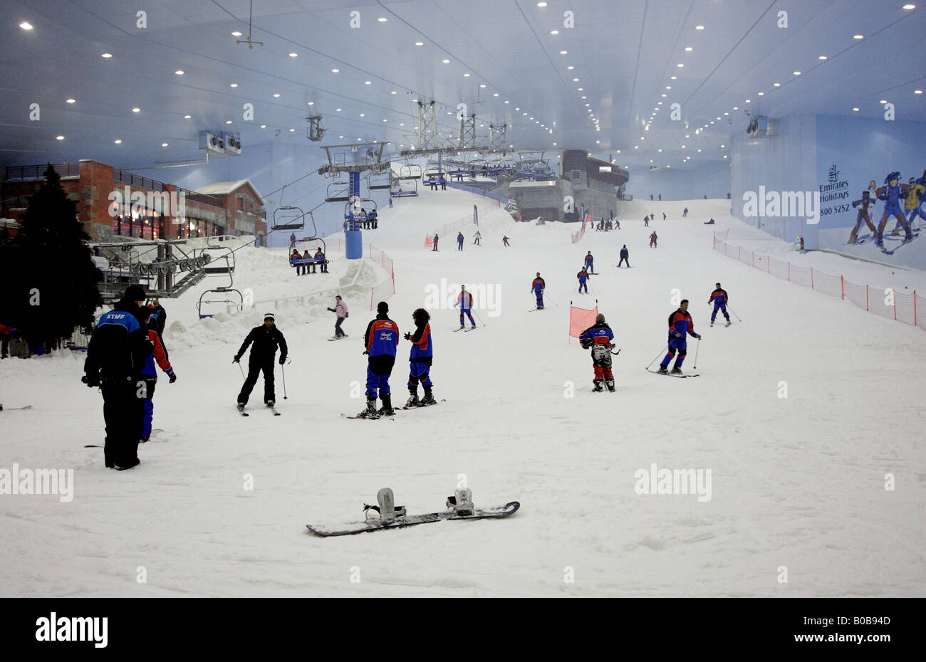 the indoor ski centre ski dubai united arab emirates