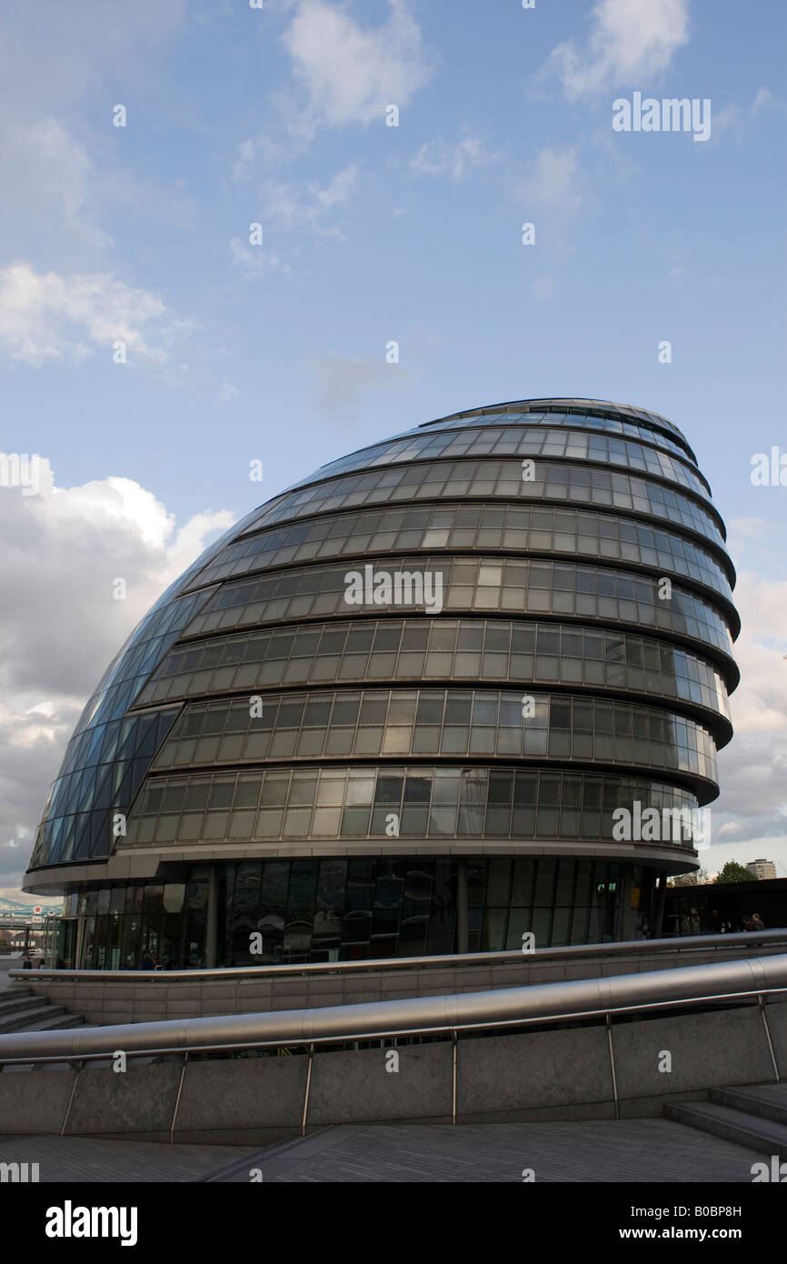 The City Hall building in London home of the Mayor of London and the GLC by the banks of the River Thames - Stock Image