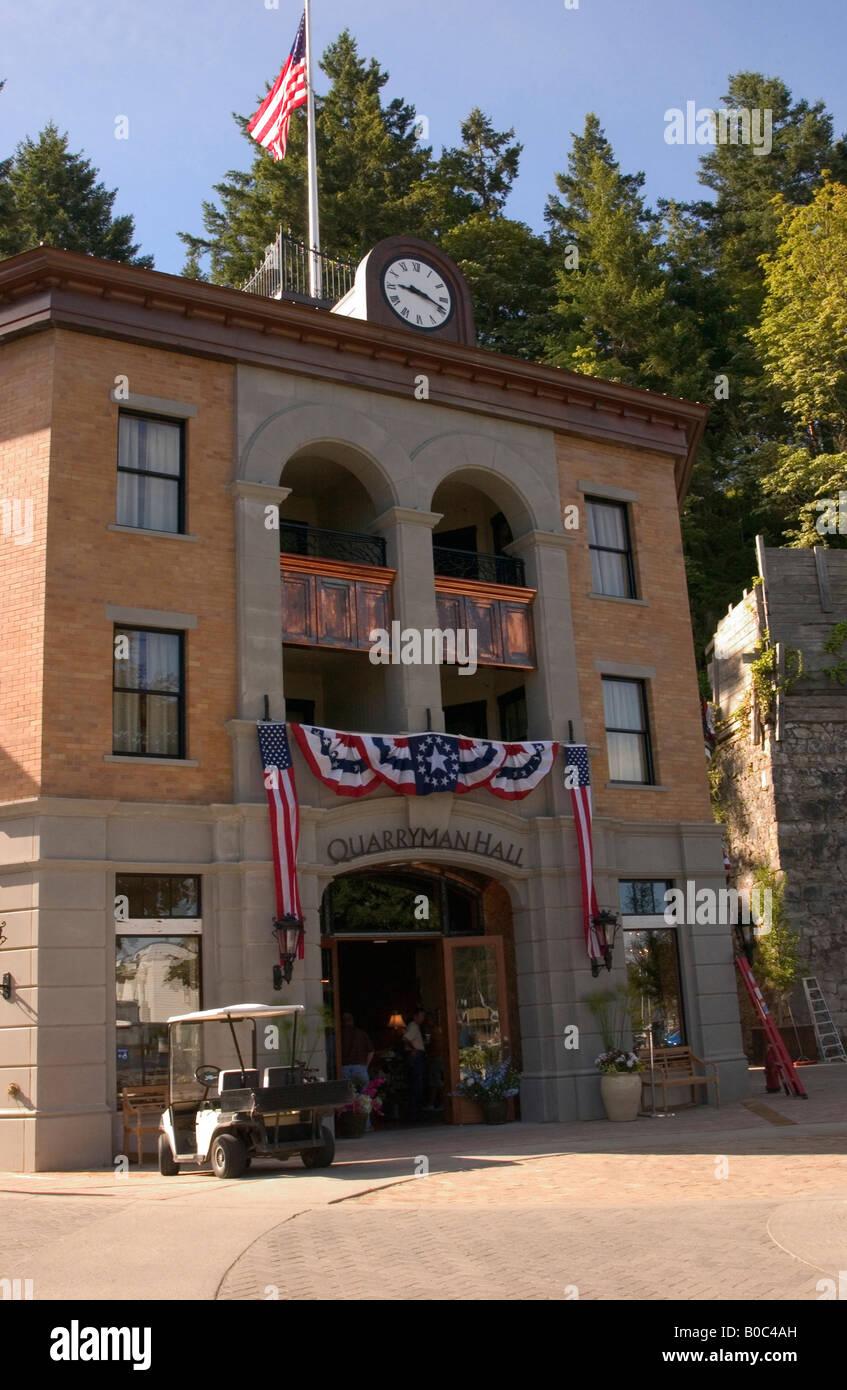 USA, Washington State, San Juan Islands, Roche Harbor, Quarryman Hall store and spa. - Stock Image