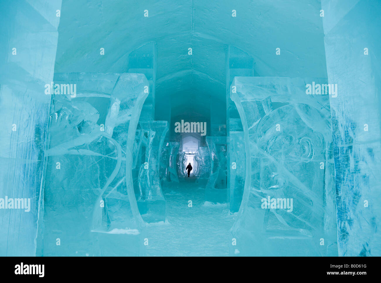 A long corridor in the Jukkasjarvi icehotel in northern Sweden - Stock Image
