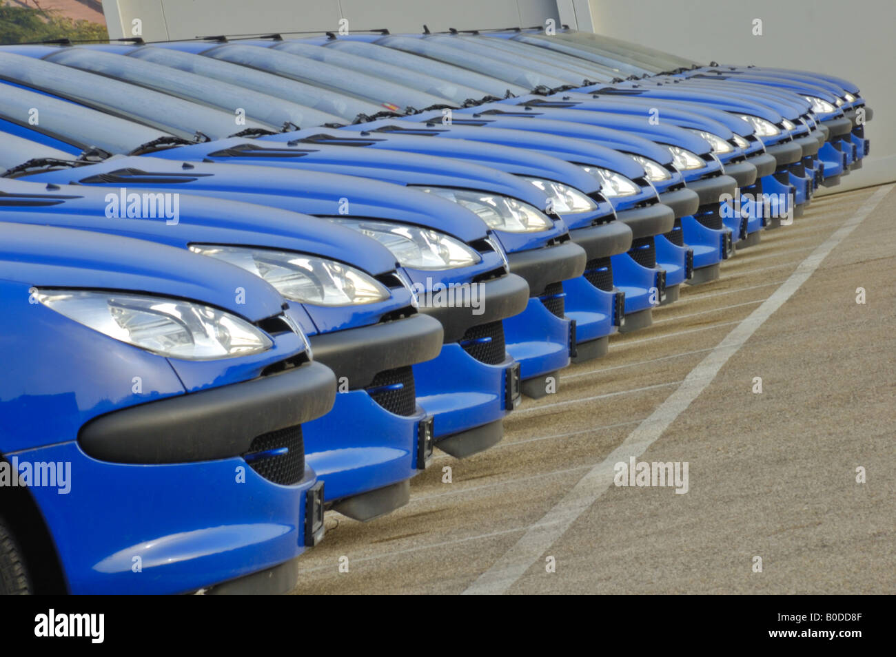 Cars in a line - Stock Image