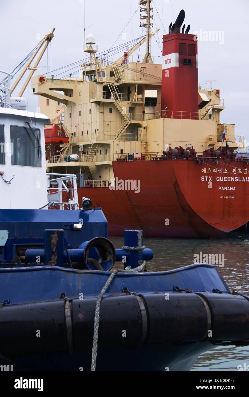Shipping Trade Ship Stern Stock Photos & Shipping Trade Ship Stern