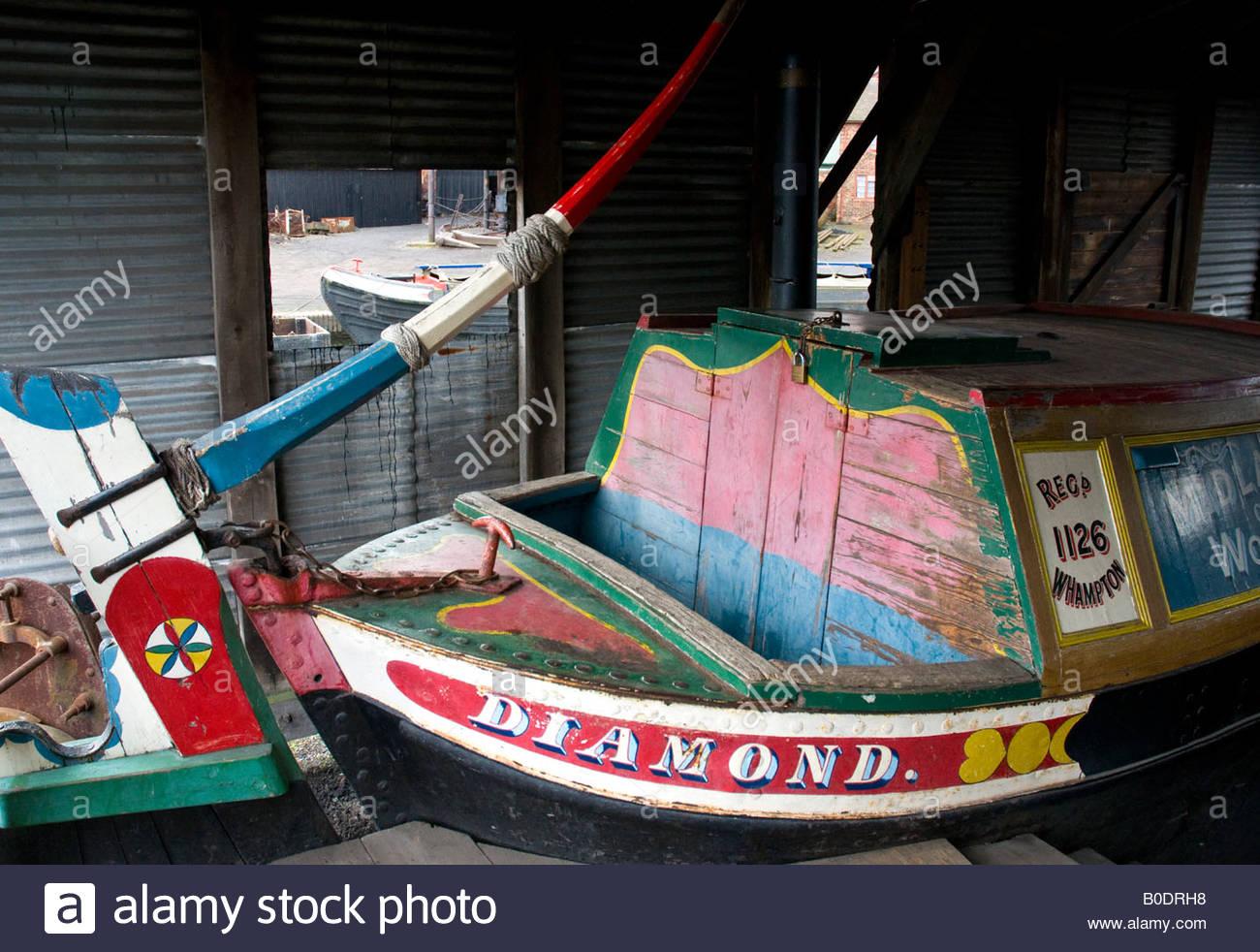 Black Narrowboat Stock Photos & Black Narrowboat Stock