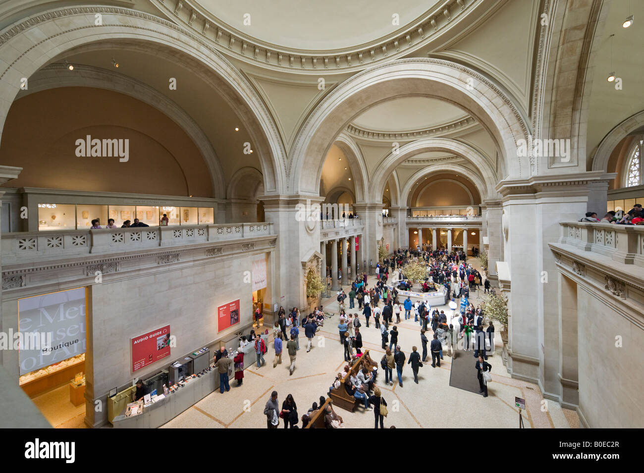 Great Hall of the Metropolitan Museum of Art, Fifth Avenue, New York City Stock Photo