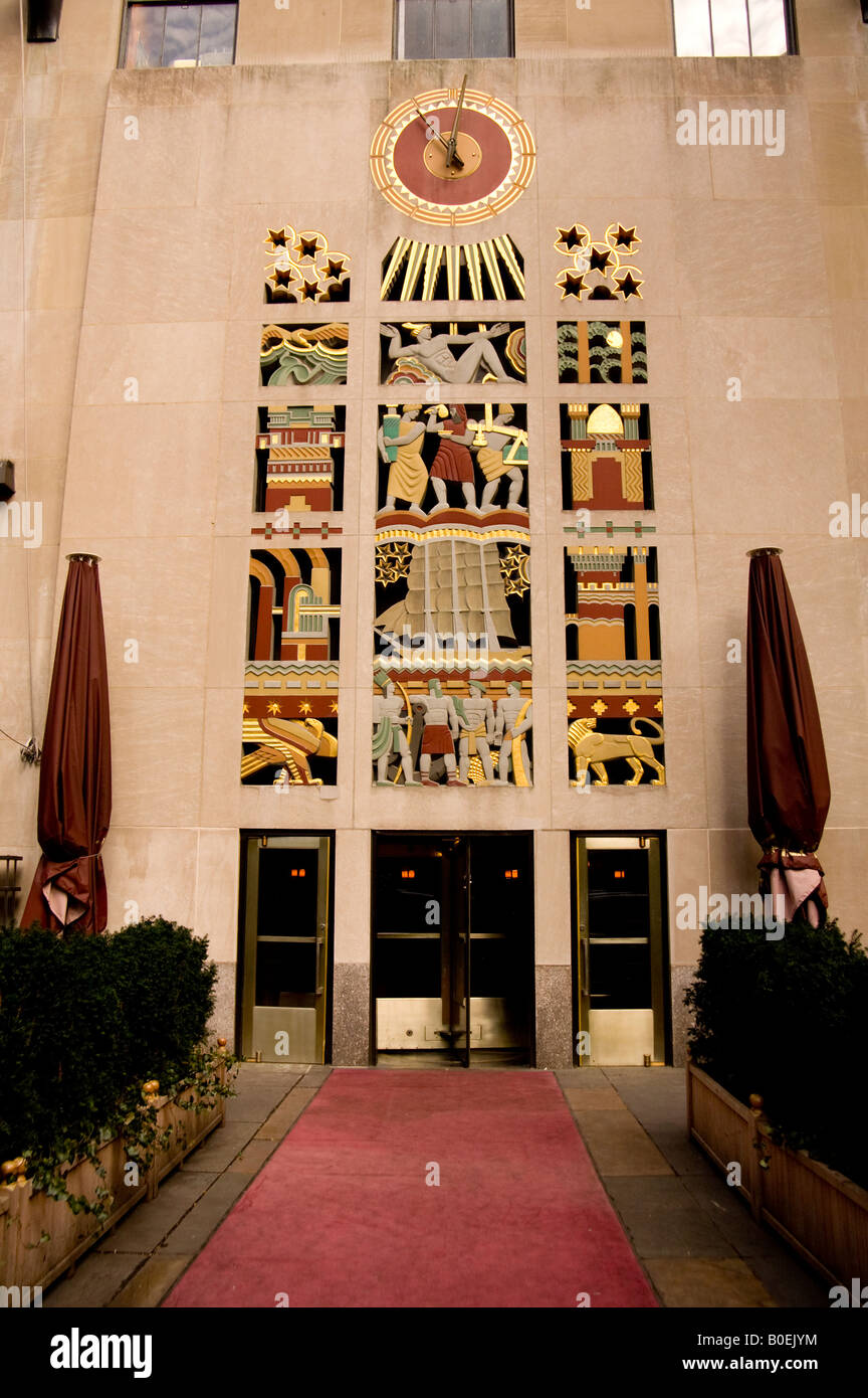 art deco facade of rockefeller centre building newy york city usa - Stock Image