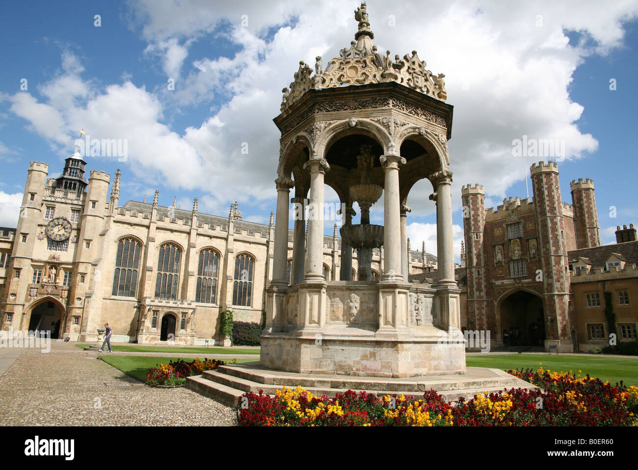 Great Court and Fountain at Trinity College Cambridge - Stock Image