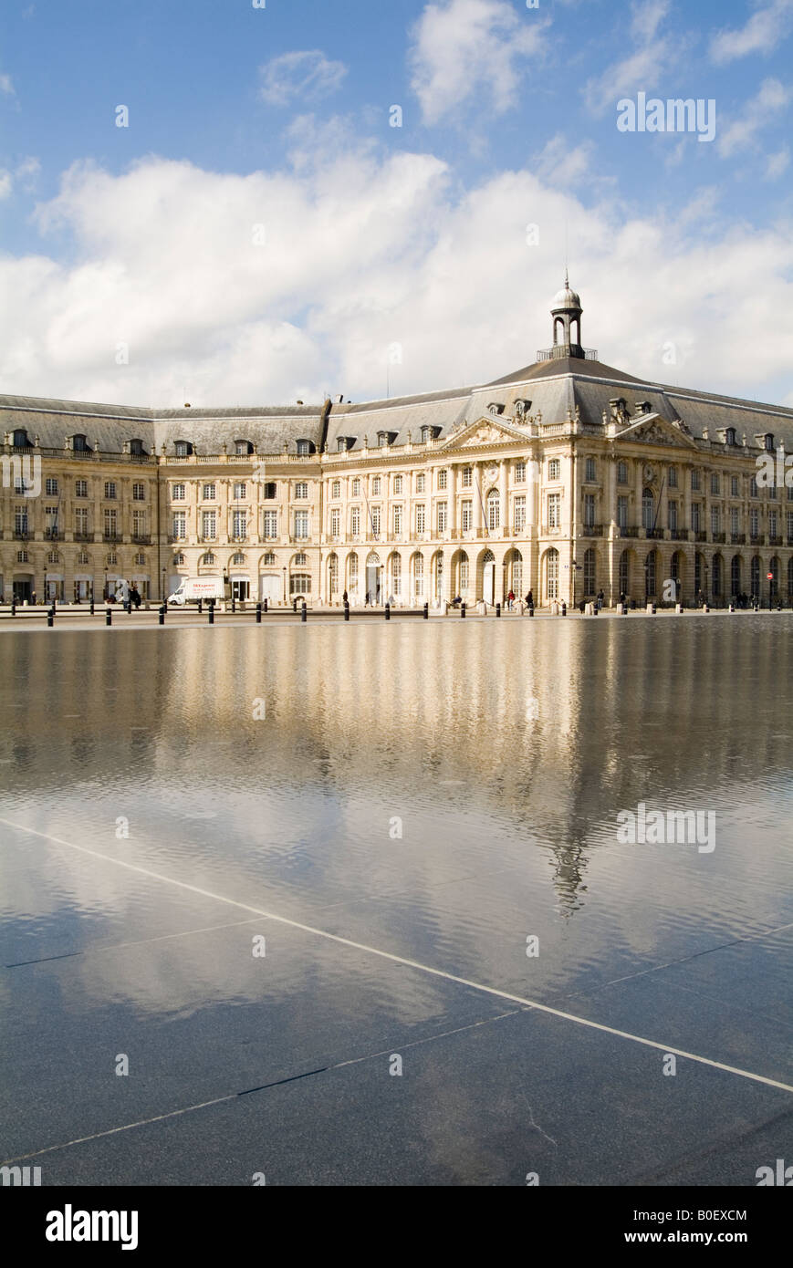 bordeaux france french city town reflextion reflexted in water Stock Photo