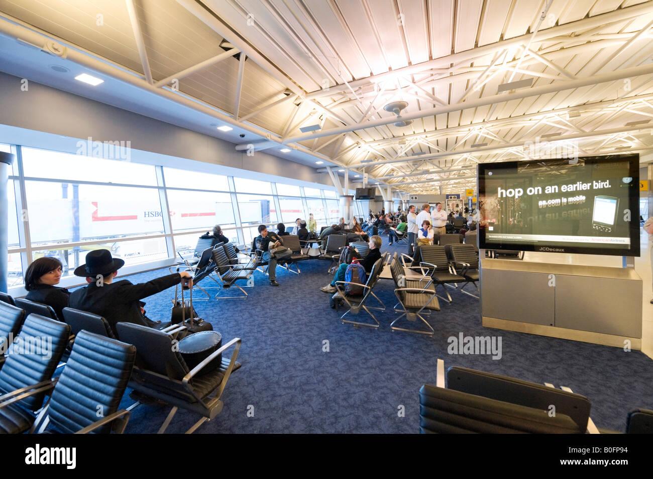 Departure Gate In American Airlines Terminal 8 Jfk