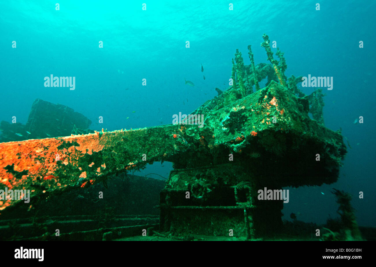 Crane on the shipwreck of the Veronica underwater in Grenada - Stock Image