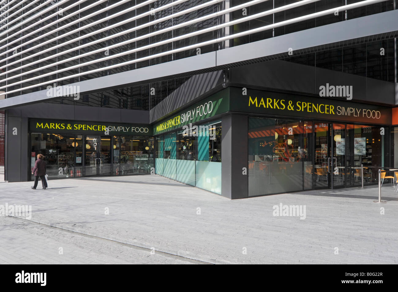 London Marks and Spencer Simply food store below modern office redevelopment - Stock Image