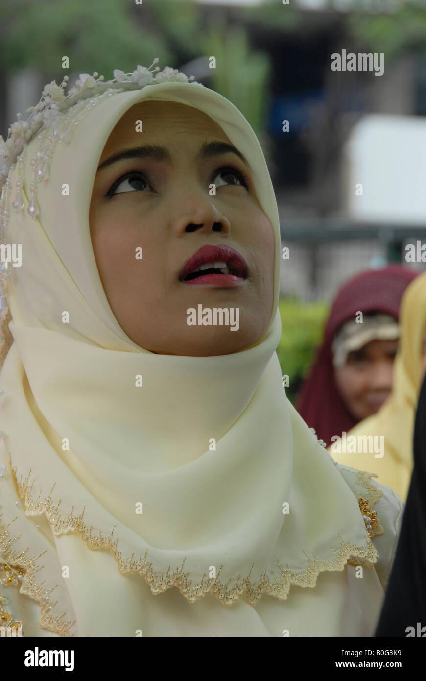 beautiful thai muslim bride, bangkok, thailand - Stock Image