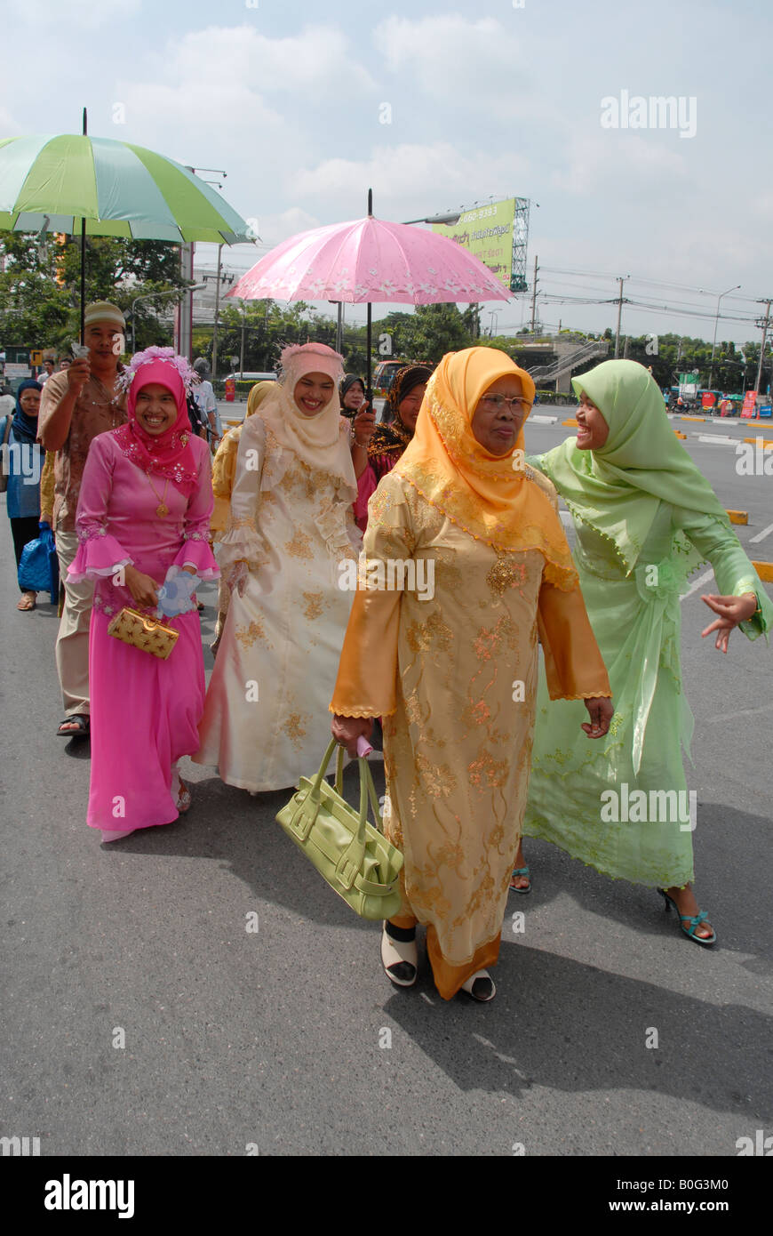 muslim bride on her way to mosque, bangkok, thailand - Stock Image