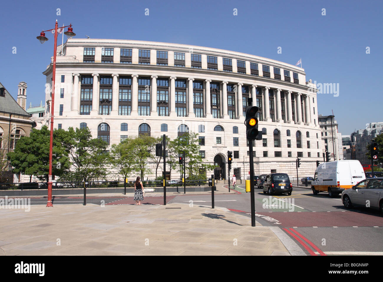 London England Unilever House at 100 Victoria Embankment built in 1931 but recently renovated in 2007 - Stock Image