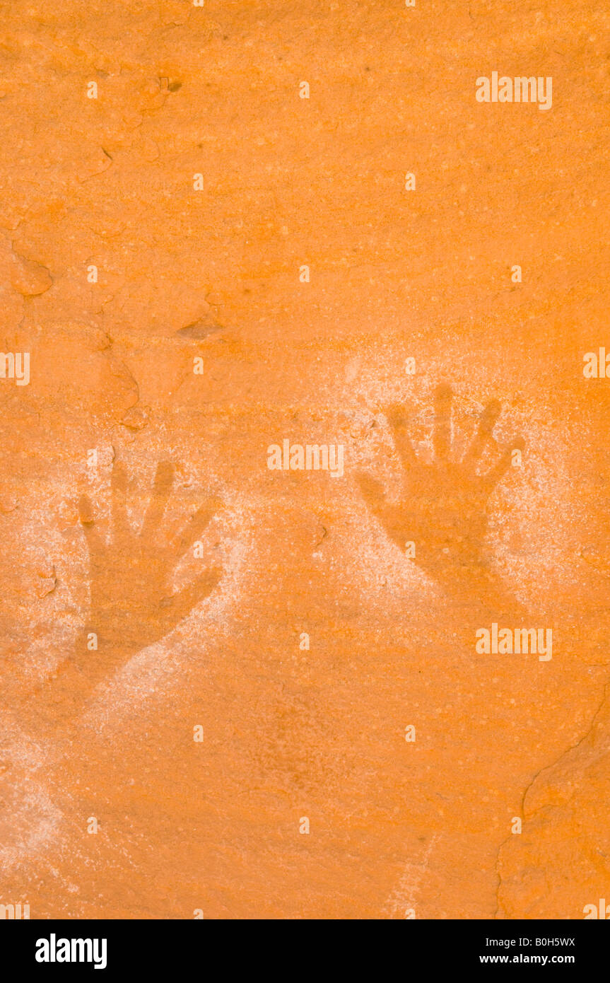 Outlined hands Pictograph, Meander Canyon, Canyonlands National Park, Colorado River, Utah - Stock Image
