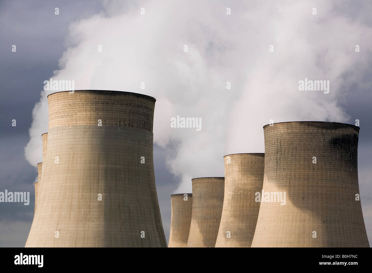 Ratcliffe on Soar a massive coal powered power station in Nottinghamshire UK - Stock Image