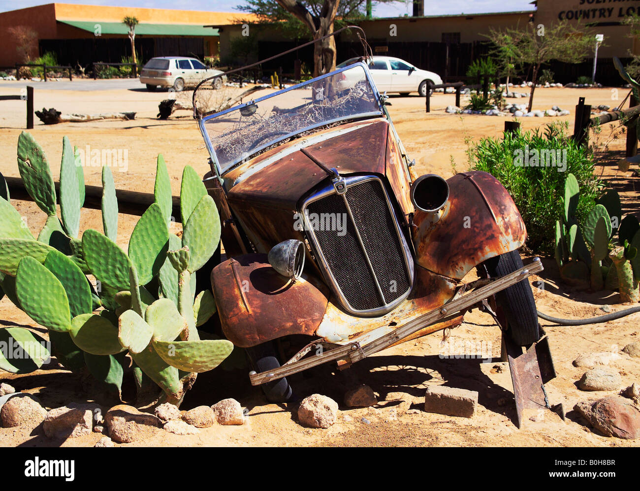 Junked Car Stock Photos & Junked Car Stock Images - Alamy
