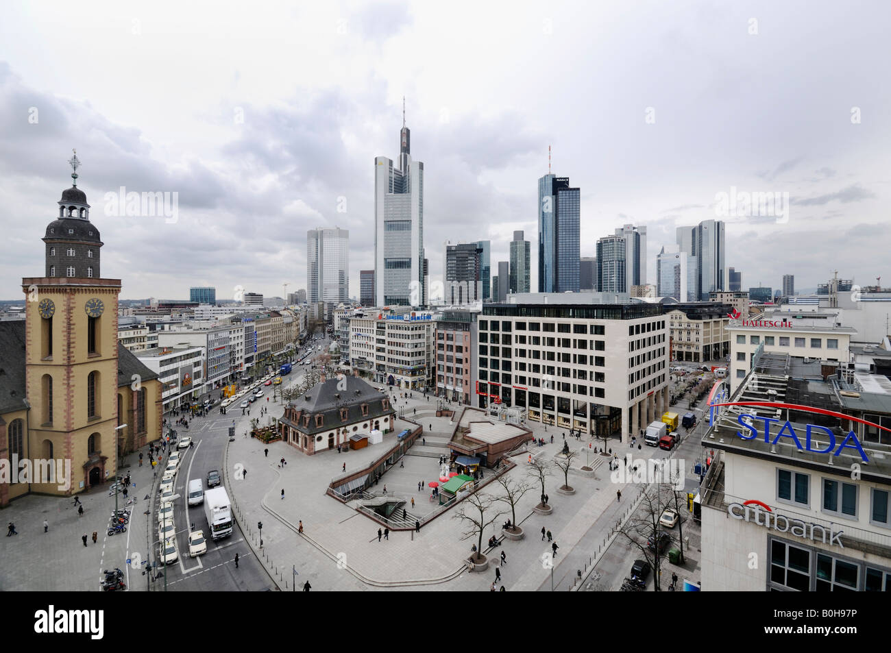 Panoramic view of Frankfurt´s centre and the bank towers, skyscrapers, Frankfurt, Hesse, Germany - Stock Image