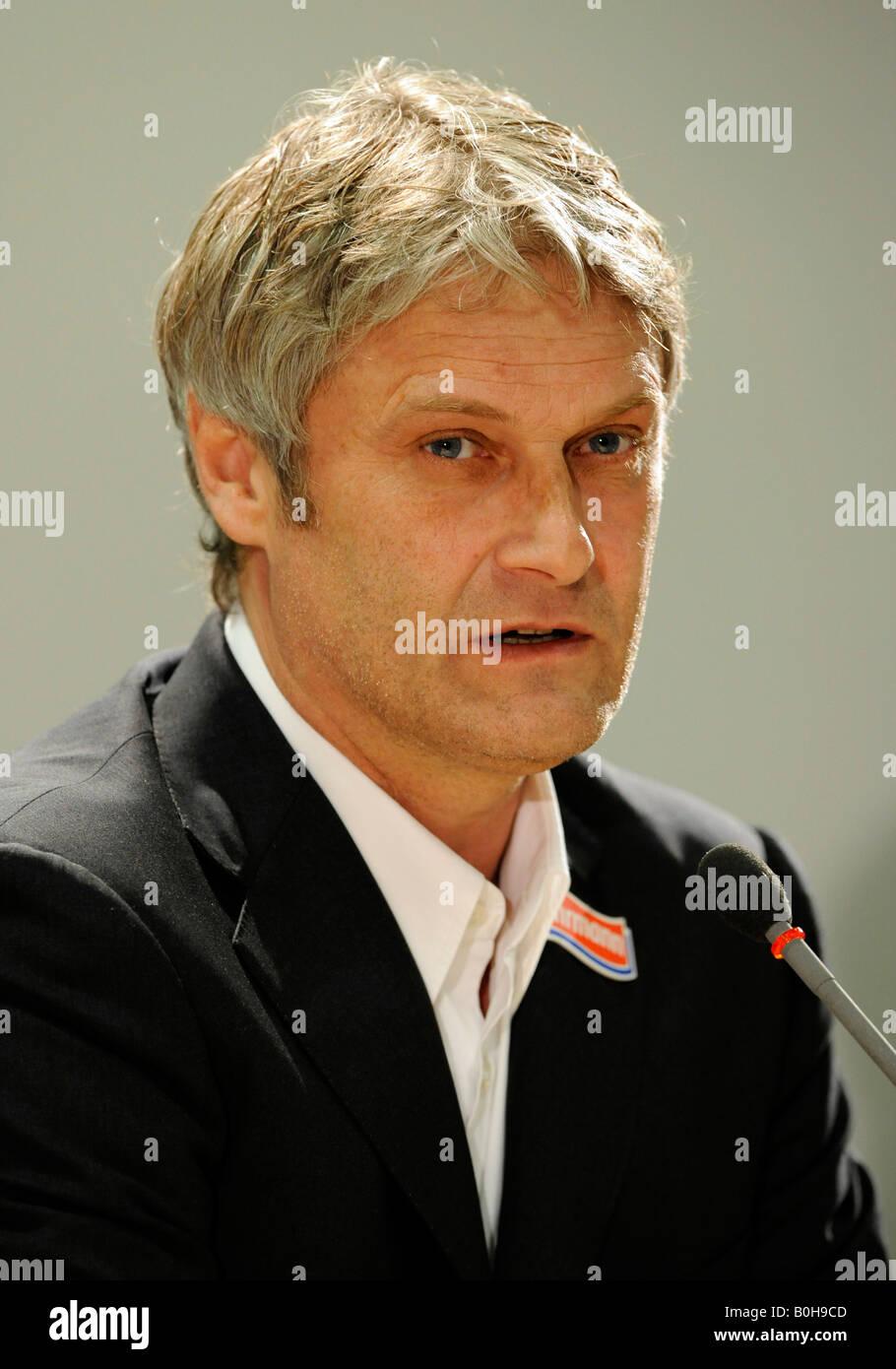 Coach Armin VEH, VfB Stuttgart football club Stock Photo