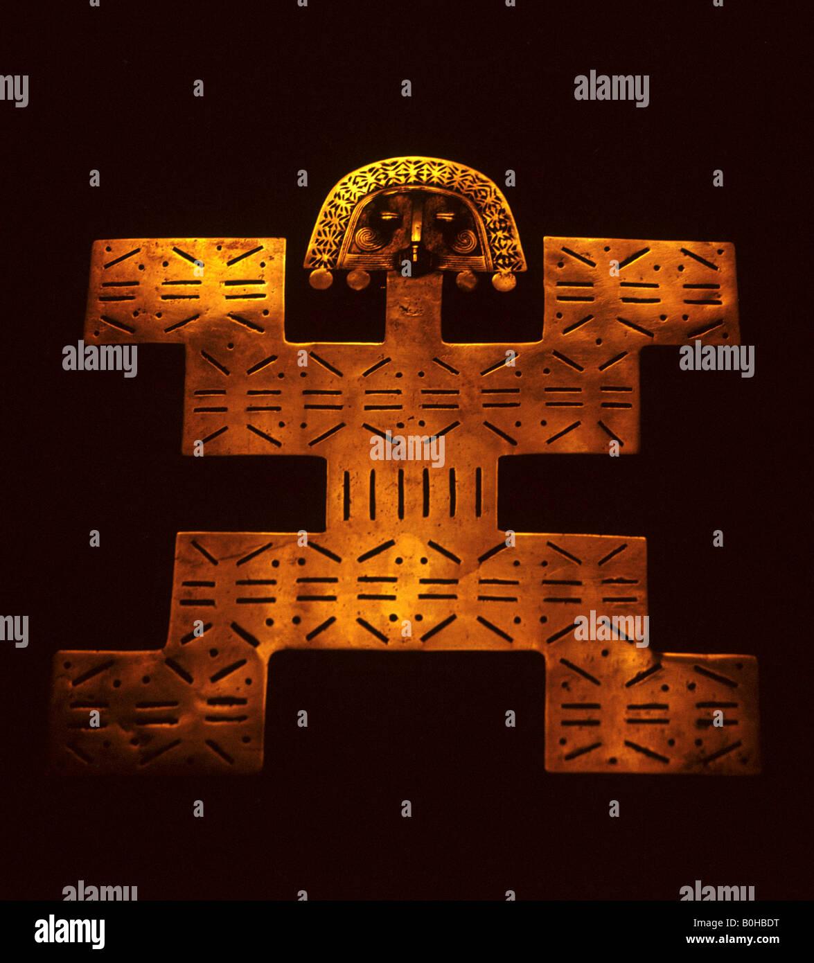 Golden Inca figure, Museo del Oro - Arte Precolombina, Pre-Columbian Gold Museum, Bogota, Colombia, South America - Stock Image