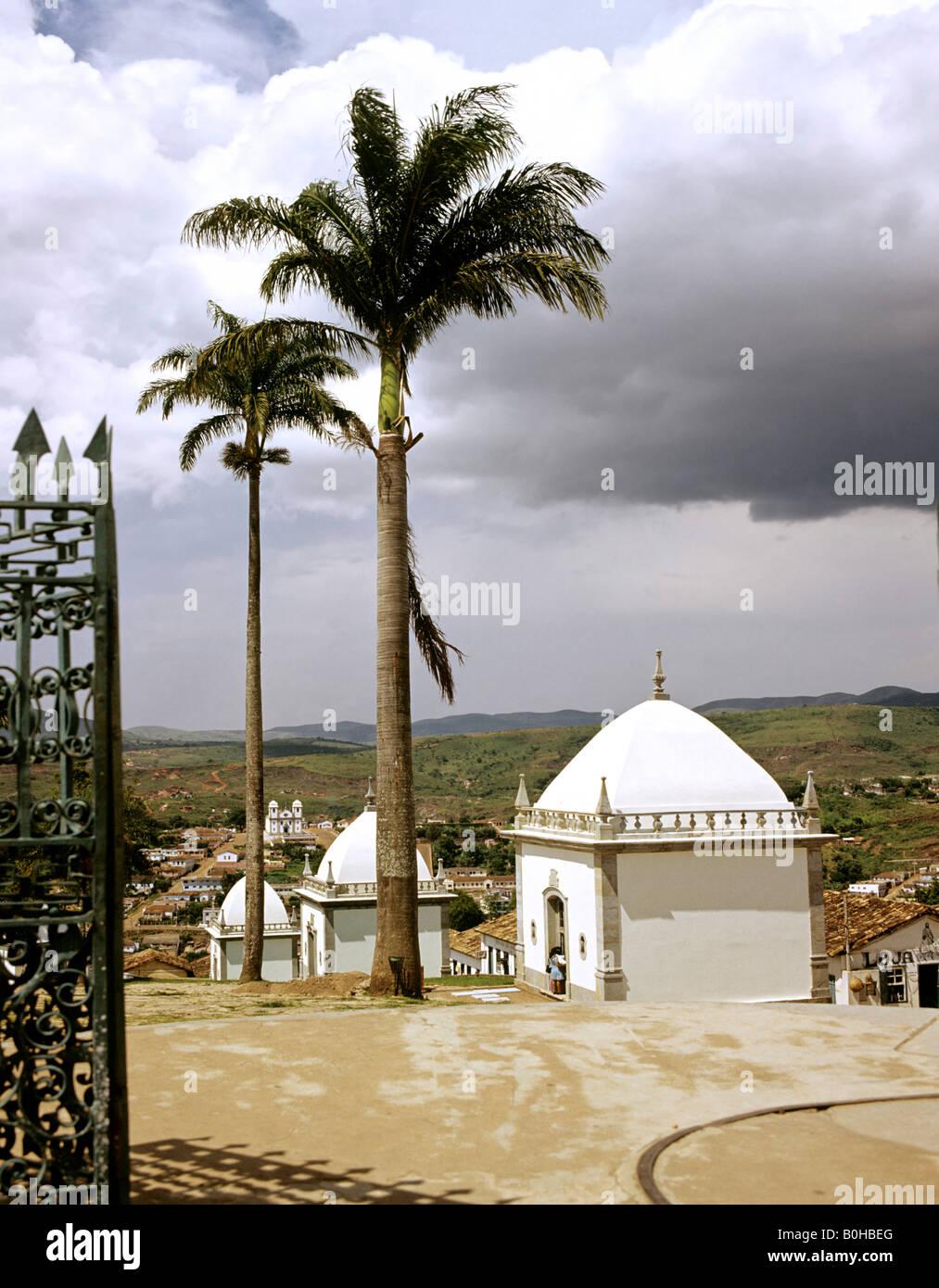 Profetas de Aleijadinho em Congonhas at Bom Jesus de Matozinhos Church, pilgrimage site in Congonhas, Brazil, South - Stock Image