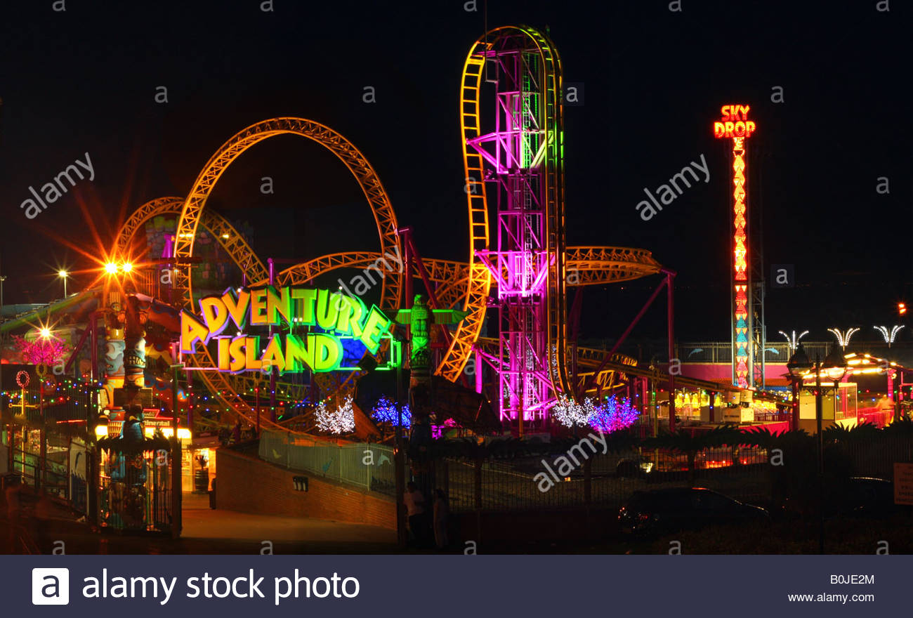Southend sea front at Night - Stock Image