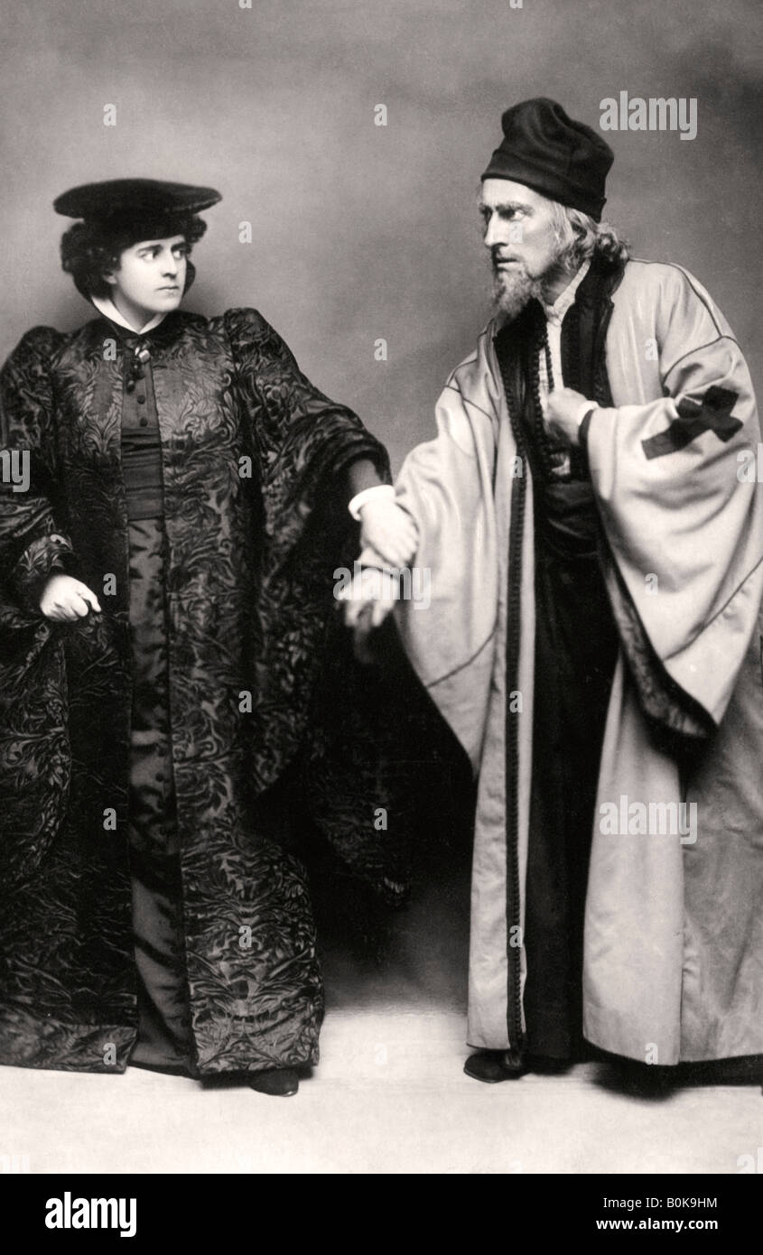 Gertude Elliott and Johnston Forbes-Robertson in The Merchant of Venice, early 20th century.Artist: Lizzie Caswall - Stock Image