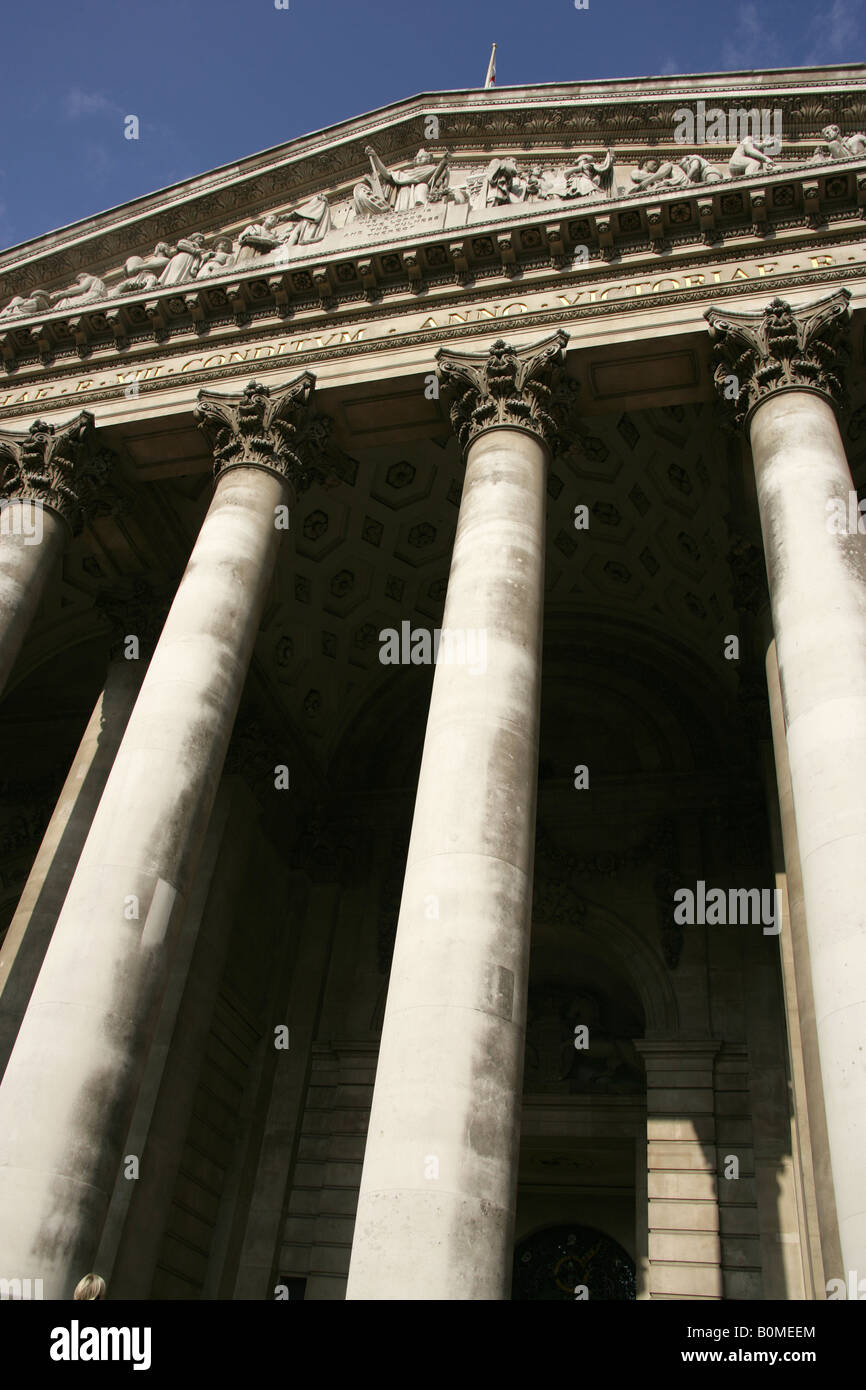 City of London, England. The Sir William Tite designed Royal Exchange Building at Cornhill and Threadneddle Street. - Stock Image