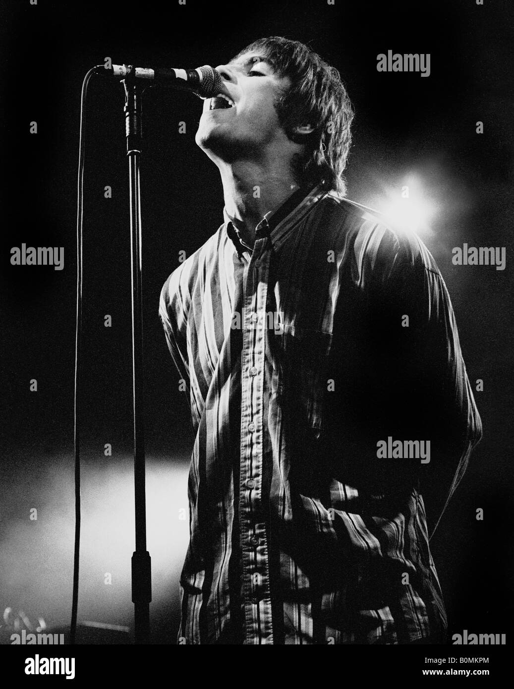 liam gallagher of Oasis, performing live at the Sheffield Octagon Centre, 1st December 1994 - Stock Image