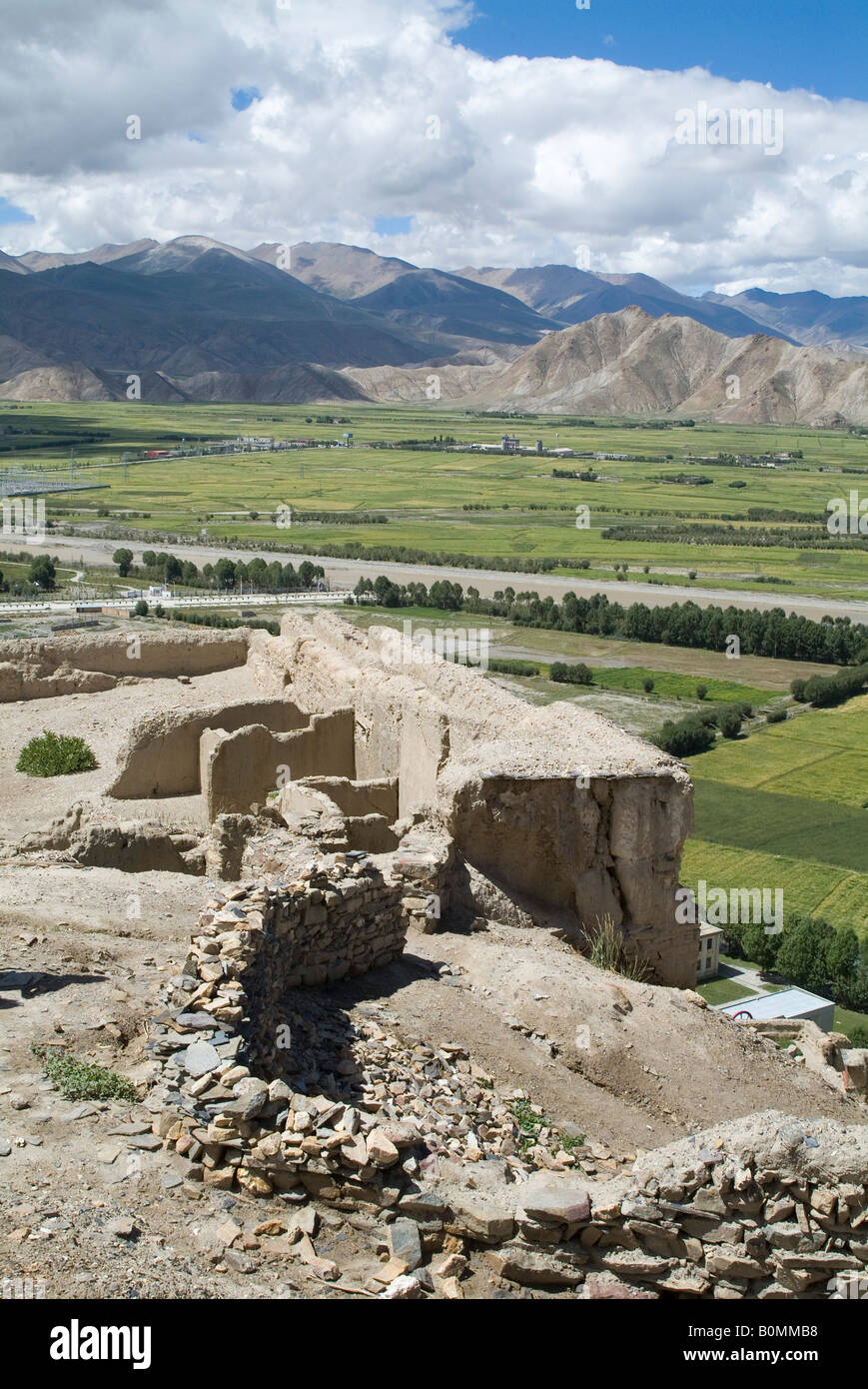 View from the Fort overlooking countryside in Gyantse, Tibet, China. - Stock Image
