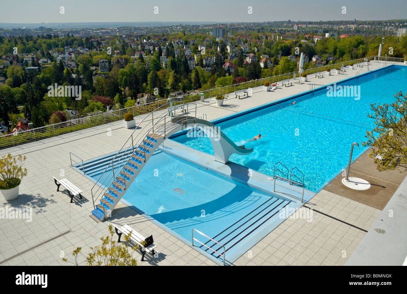 Opel bad swimming pool above the villa district of wiesbaden stock photo 17666346 alamy - Bad homburg swimming pool ...