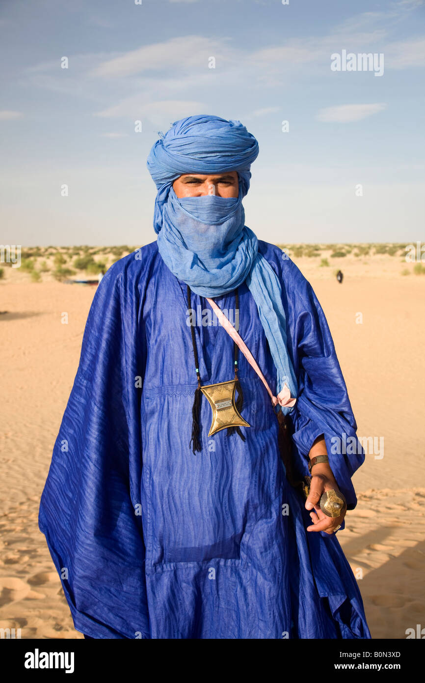 tuareg guide indigo timbuktu mali stock photo 17674453