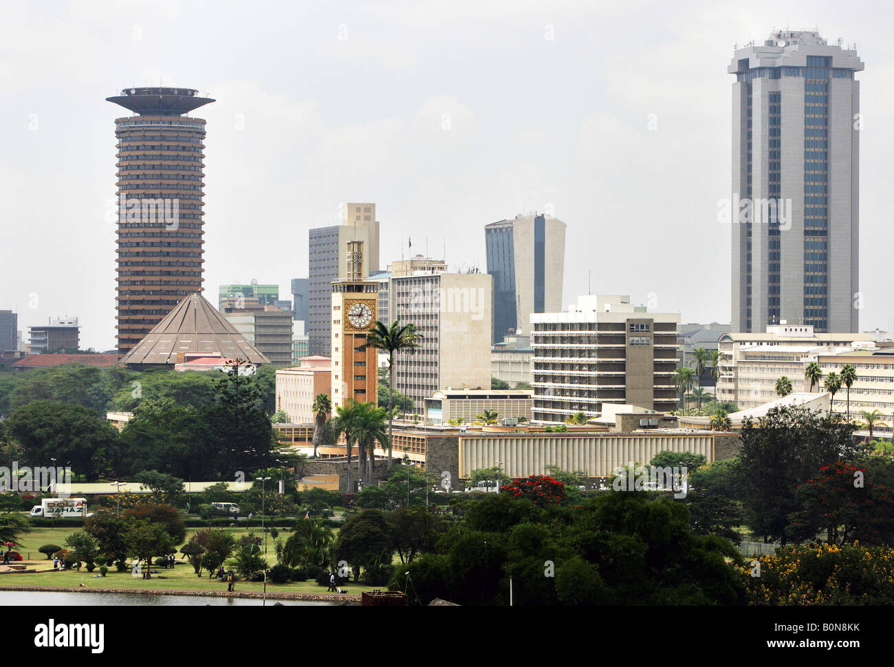 Kenya: view from Uhuru Park to the skyline of Nairobi - Stock Image