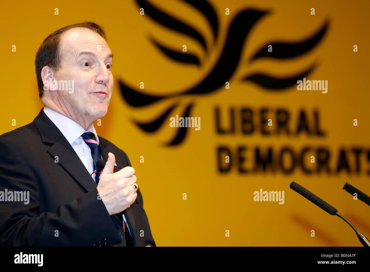 Simon Hughes MP, President of the Liberal Democrats, addressing the Liberal Democrat Spring Conference - Stock Image