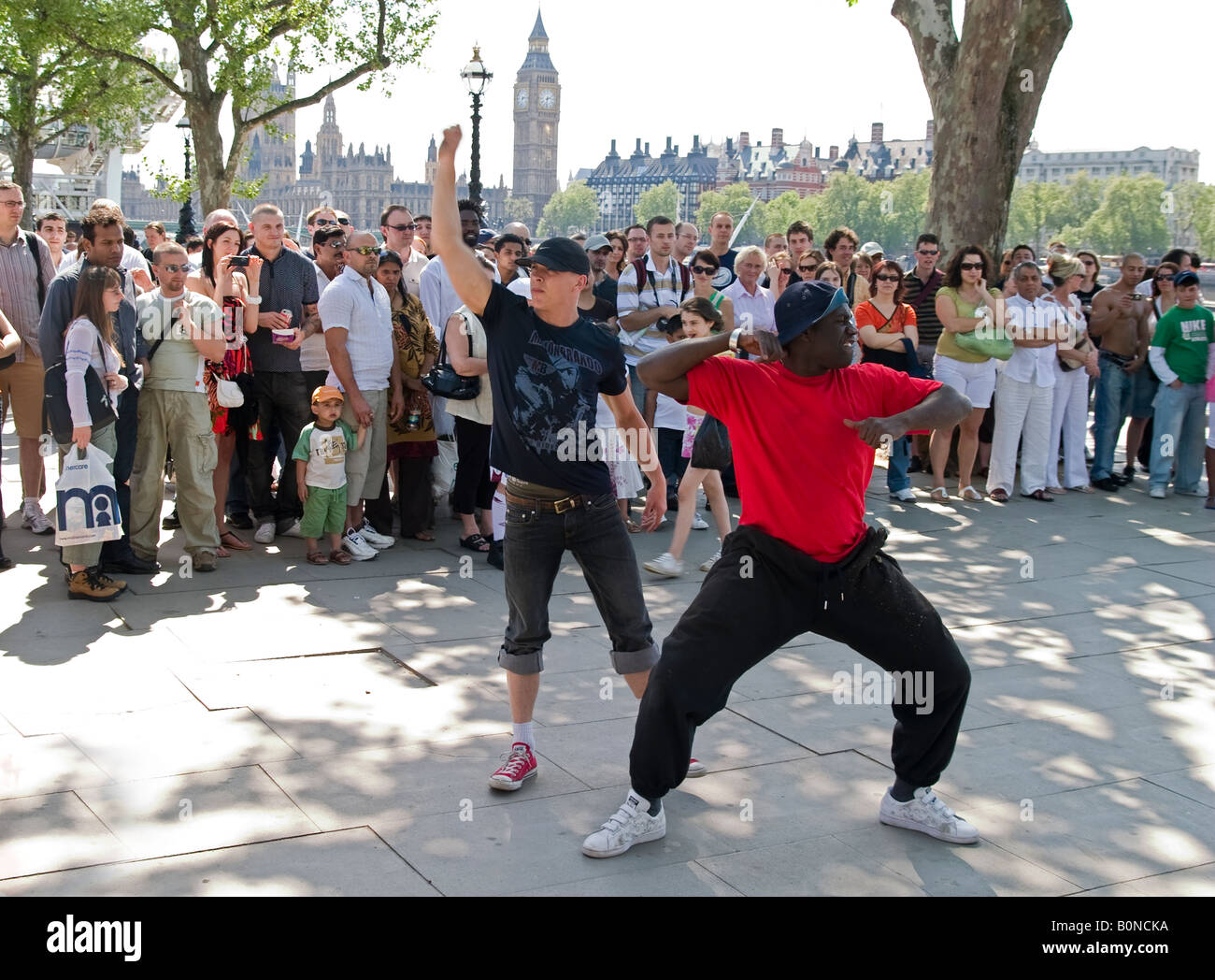 Street performers, London embankment - Stock Image