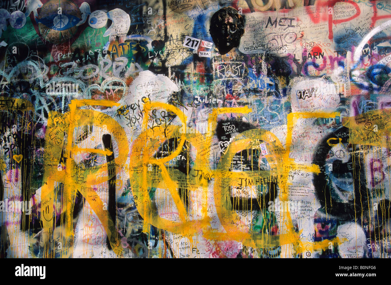Lennon Wall Stock Photos & Lennon Wall Stock Images - Alamy