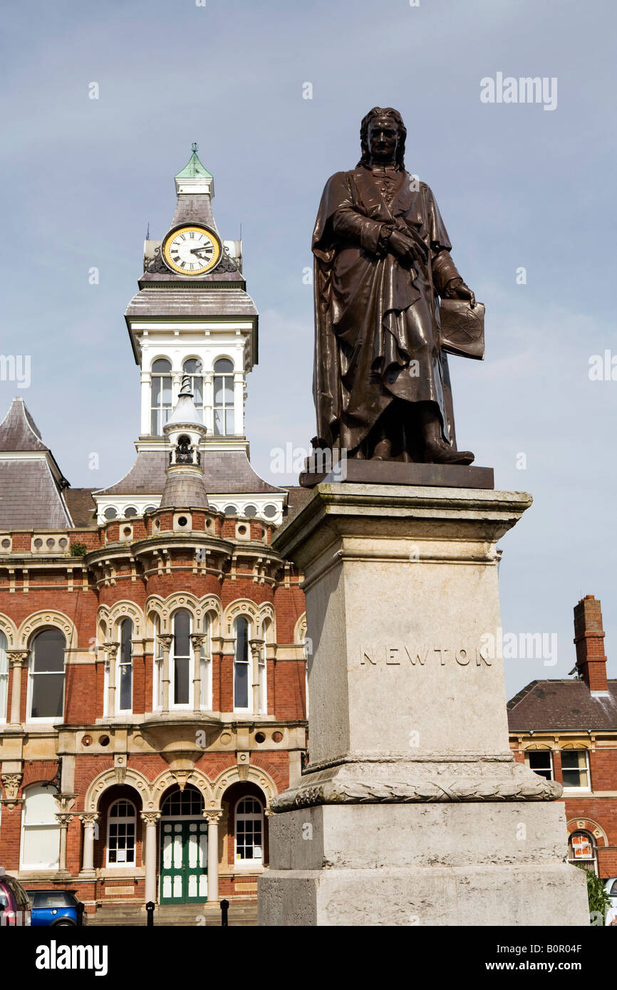 UK England Lincolnshire Grantham St Peters Hill Town Hall and Isaac Newton Statue Stock Photo