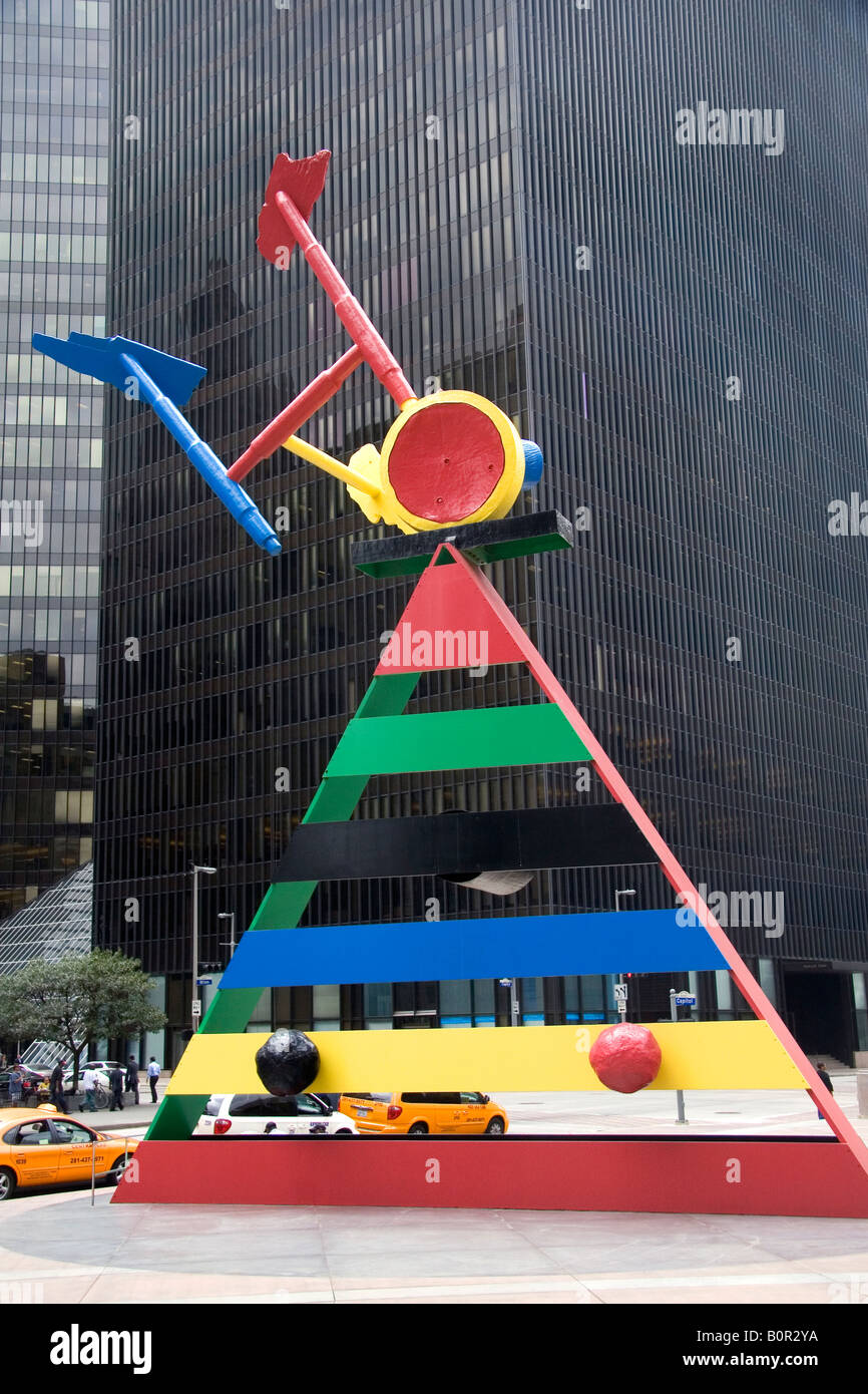 Public art sculpture named Personage and Birds by Joan Miro in front of the JP Morgan Chase Tower in downtown Houston - Stock Image