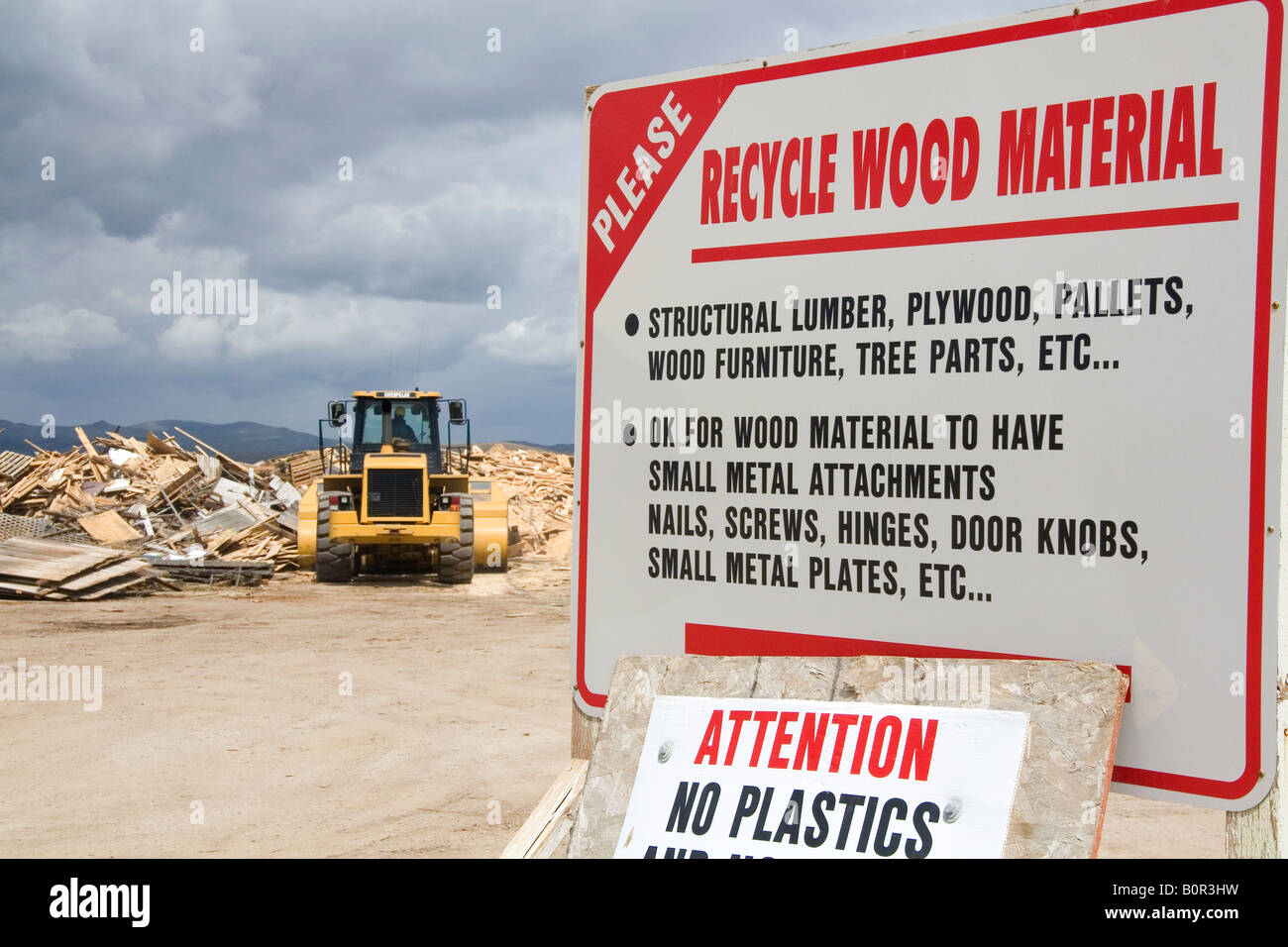 Wood material recycling at the Ada County Landfill in Boise Idaho - Stock Image