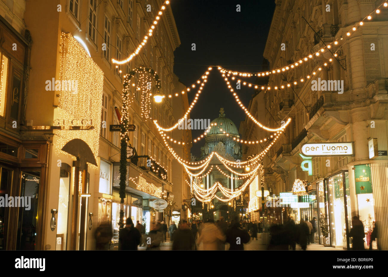Christmas Shopping In Vienna, Austria
