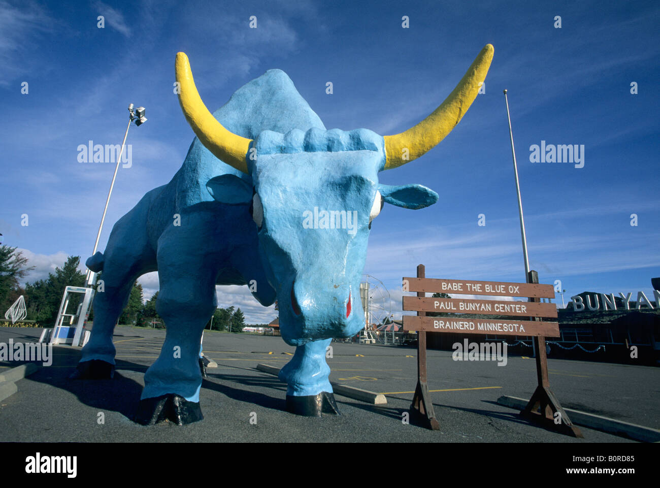BABE THE BLUE OX AT THE PAUL BUNYAN CENTER, BRAINERD, MINNESOTA. SUMMER. - Stock Image